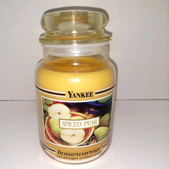 🆕 Retired Black Band Yankee Candle Spiced Pear